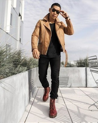 Tan Leather Jacket Outfits For Men: Marry a tan leather jacket with black jeans for a laid-back kind of polish. Put an elegant spin on an otherwise standard outfit by rocking a pair of burgundy leather casual boots.