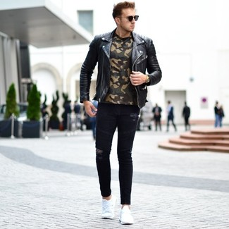 How to Wear an Olive Camouflage Crew-neck T-shirt For Men: This combination of an olive camouflage crew-neck t-shirt and black ripped skinny jeans is a safe and very fashionable bet. Let your outfit coordination savvy truly shine by finishing this ensemble with white athletic shoes.