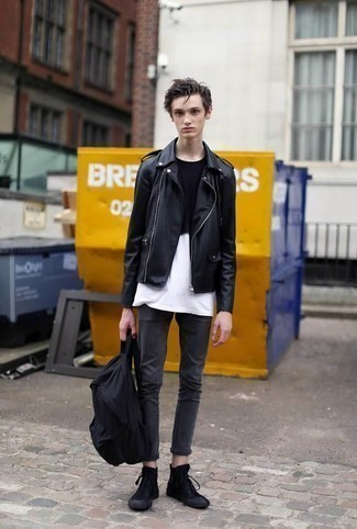 How to Wear a Black and White Crew-neck T-shirt In Your Teens For Men: Wear a black and white crew-neck t-shirt and charcoal skinny jeans to get a street style and absolutely dapper outfit. If you're on the fence about how to finish, complement this ensemble with a pair of black canvas high top sneakers.