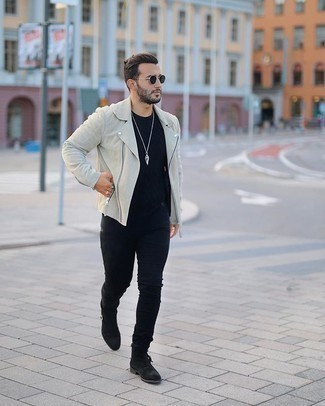 Dark Green Sunglasses Outfits For Men: A white suede biker jacket and dark green sunglasses will add serious style to your casual styling routine. A pair of black suede chelsea boots instantly revs up the wow factor of your outfit.