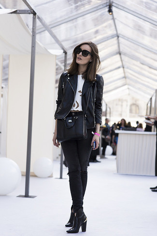 Black Leather Crossbody Bag Chill Weather Outfits: A black leather biker jacket and a black leather crossbody bag are a great outfit formula to add to your arsenal. Switch up this ensemble by rounding off with black leather ankle boots.