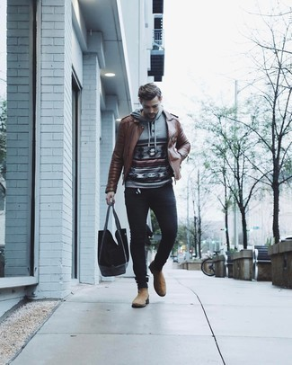 Tan Suede Chelsea Boots with Black Jeans Warm Weather Outfits For Men: Reach for a brown leather biker jacket and black jeans for a knockout ensemble. For a smarter touch, why not complete your look with tan suede chelsea boots?