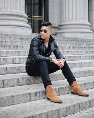 Dark Green Sunglasses Outfits For Men: For a casual and cool look, wear a black quilted leather biker jacket with dark green sunglasses — these items go well together. Throw a pair of tan suede chelsea boots in the mix to immediately bump up the style factor of any ensemble.
