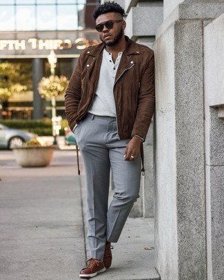 White Long Sleeve Henley Shirt Outfits For Men: A white long sleeve henley shirt and light blue dress pants paired together are a great match. Go ahead and complement this look with brown leather low top sneakers for a carefree feel.