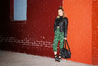 How to Wear a Black Turtleneck For Women: A black turtleneck and dark green print tapered pants are a great pairing to add to your casual repertoire. Our favorite of a great number of ways to complement this getup is black leather heeled sandals.