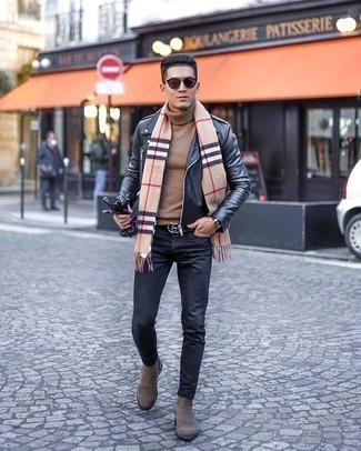 Black Jeans Chill Weather Outfits For Men: A black leather biker jacket and black jeans are the kind of casual staples that you can wear many ways. Brown suede chelsea boots will bring some extra elegance to an otherwise standard outfit.