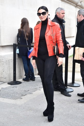 Black Turtleneck Outfits For Women After 50: This is irrefutable proof that a black turtleneck and black leggings are amazing when paired together in an off-duty outfit. Bump up the classiness of this outfit a bit by finishing off with a pair of black suede ankle boots.