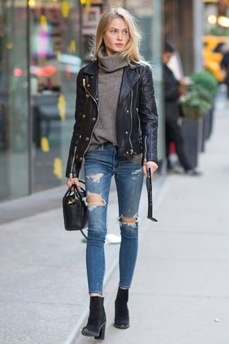 This pairing of an Uniqlo Merino Blend Ribbed Turtleneck Sweater and blue ripped skinny jeans will set you apart effortlessly. To add oomph to your ensemble, finish off with black suede ankle boots. So when summer is done and fall is settling in, this outfit is likely to become your favorite.