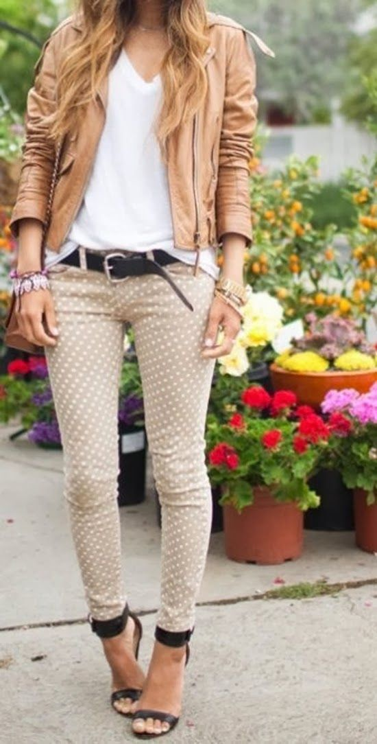 How to Wear Beige Skinny Jeans (11 looks) | Women&39s Fashion