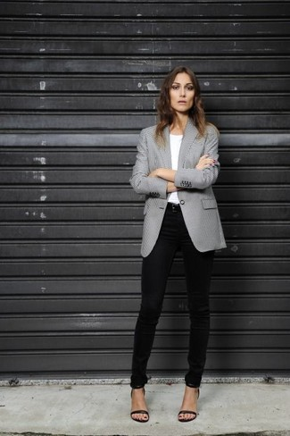 How to wear: black and white houndstooth blazer, white crew-neck t-shirt, black skinny jeans, black leather heeled sandals