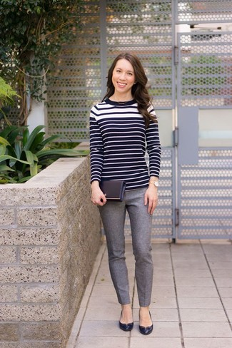 How to wear: black and white horizontal striped crew-neck sweater, grey wool skinny pants, black leather pumps, gold watch