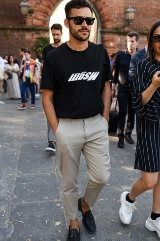 How to Wear Chinos: For relaxed dressing with a contemporary spin, opt for a black and white print crew-neck t-shirt and chinos. Complete your outfit with a pair of black leather loafers for an air of polish.