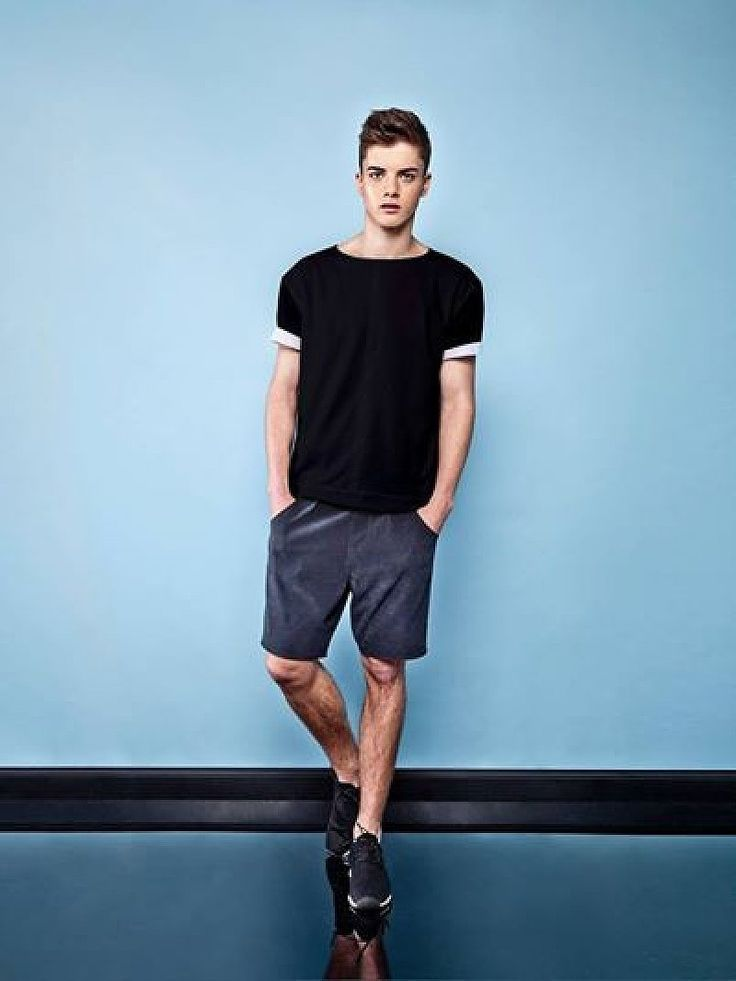 How to Wear Charcoal Shorts (88 looks) | Men's Fashion