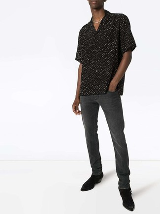How to wear: black and white polka dot short sleeve shirt, charcoal jeans, black suede chelsea boots