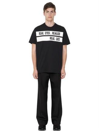 Men's Black and White Print Crew-neck T-shirt, Black Chinos, Black Athletic Shoes