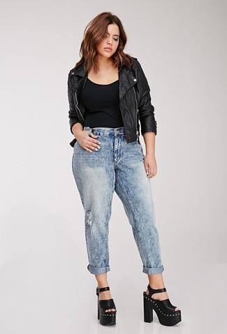 How to Wear Light Blue Ripped Boyfriend Jeans: A black quilted leather biker jacket looks especially good when combined with light blue ripped boyfriend jeans in a casual getup. Black chunky leather heeled sandals will bring a dash of polish to an otherwise mostly casual look.