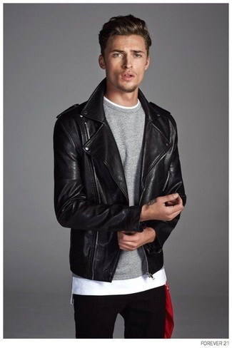 A black leather biker jacket and black jeans are a good combination to add to your day-to-day routine.