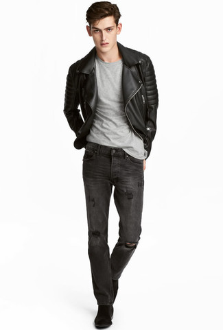 How to wear: black quilted leather biker jacket, grey crew-neck t-shirt, charcoal ripped jeans, black suede chelsea boots