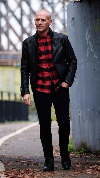 How to wear: black leather biker jacket, red and black check long sleeve shirt, black skinny jeans, black leather low top sneakers