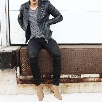 Black Skinny Jeans with Black Leather Biker Jacket Outfits For Men: Try teaming a black leather biker jacket with black skinny jeans if you seek to look cool and casual without much effort. Finishing off with tan suede chelsea boots is a fail-safe way to add a little flair to this look.