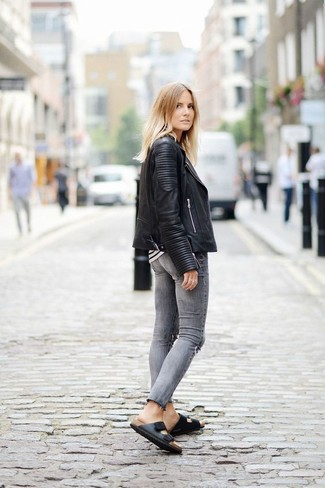 b9f245f2fd0a How To Wear Charcoal Skinny Jeans With a White and Black Long Sleeve ...