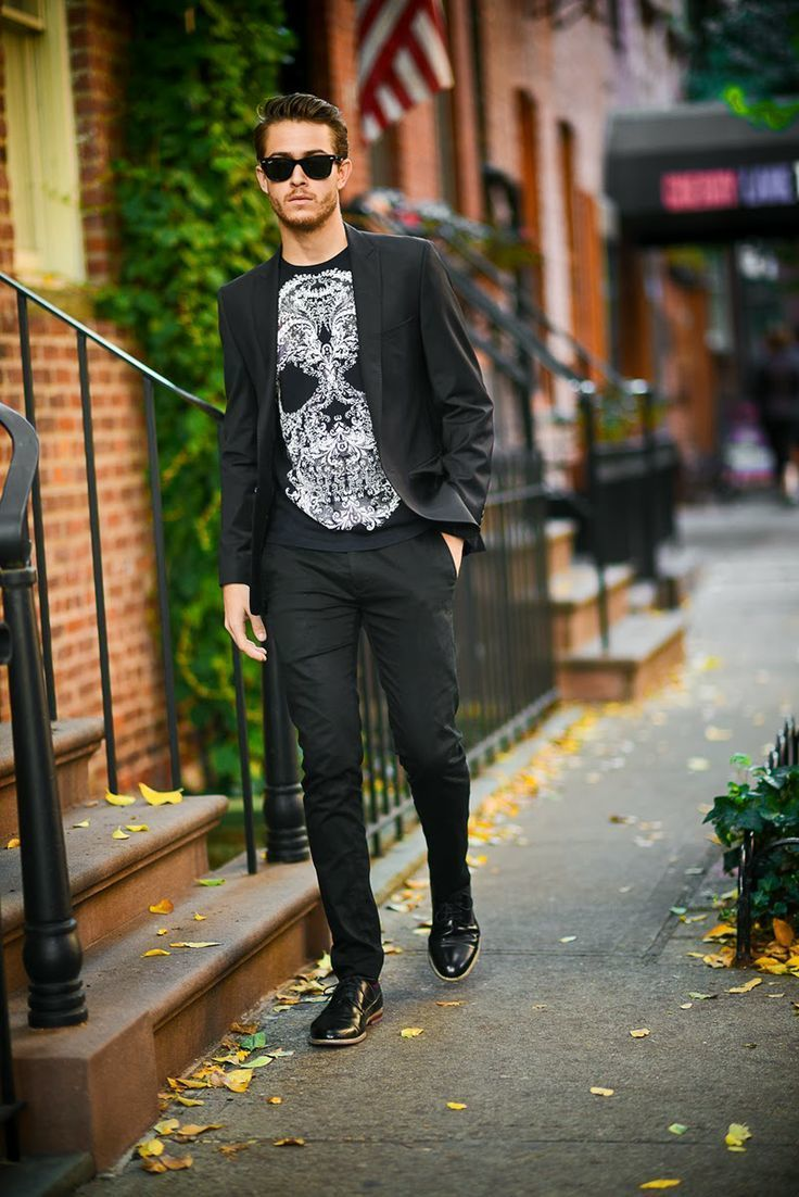 How to Wear a Black and White Crew-neck T-shirt (201 looks ...