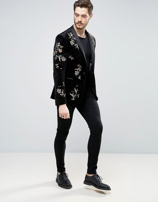 How to wear: black embroidered velvet blazer, black crew-neck t-shirt, black chinos, black leather derby shoes