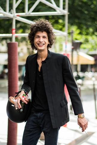 How to wear: black blazer, black henley shirt, black chinos