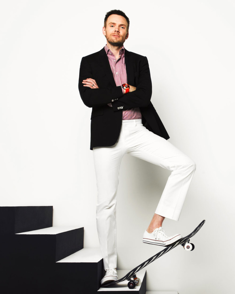 How To Wear White and Violet Dress Pants With a Black and White ...