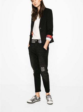 Consider pairing a black blazer with Eileen Fisher women's Boyfriend Jeans In Vintage Black for a refined yet off-duty ensemble. White and black low top sneakers look awesome here. This is a surefire option for an amazing transition look.