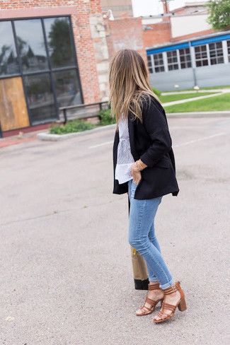 How to wear: black blazer, white lace short sleeve blouse, light blue skinny jeans, brown leather heeled sandals