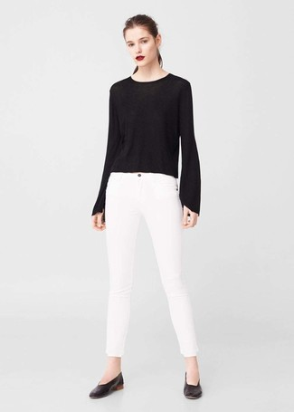 Black Leather Ballerina Shoes Outfits: A resounding yes to this casual combo of a black crew-neck sweater and white skinny jeans! Black leather ballerina shoes are very appropriate here.