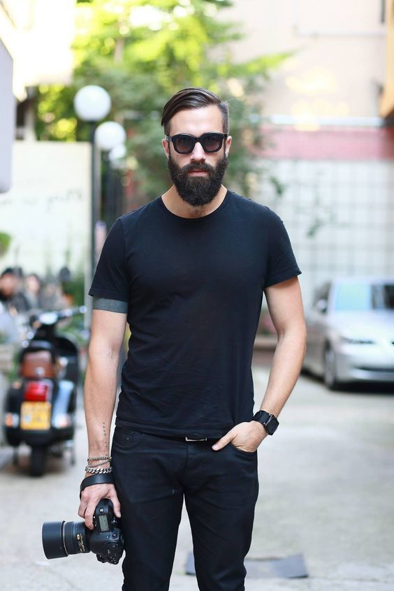 How To Wear Black Jeans With a Black Crew-neck T-shirt | Men's Fashion