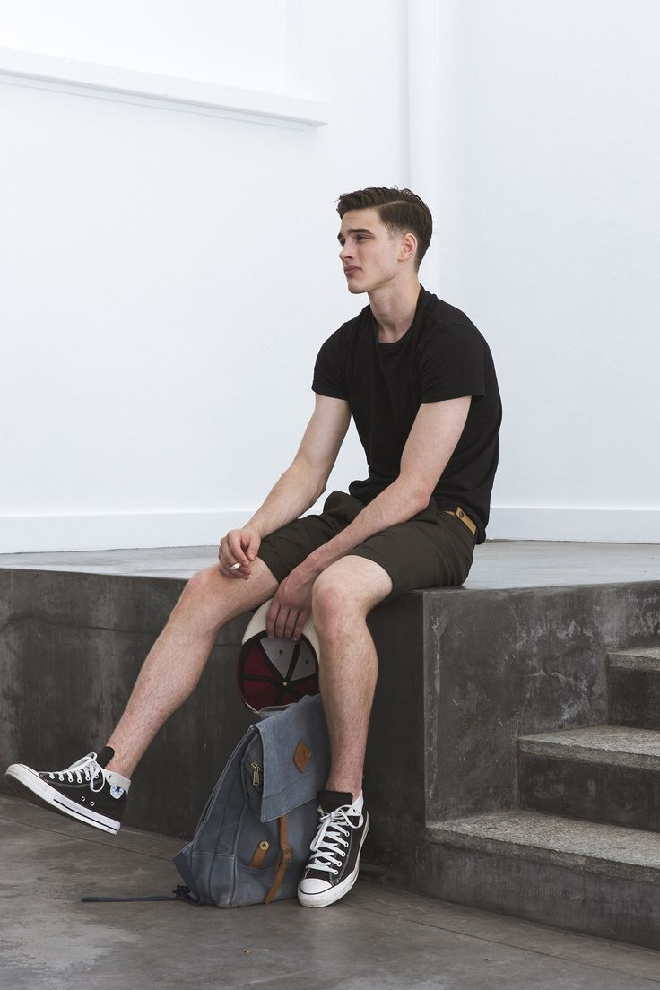 How to Wear Dark Brown Shorts (14 looks) | Men's Fashion