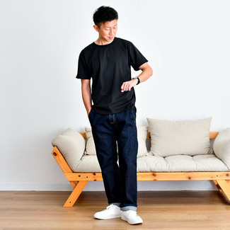 1200+ Outfits For Men After 40: Opt for a black crew-neck t-shirt and navy jeans for an everyday look that's full of charisma and character. When not sure about the footwear, introduce a pair of white canvas low top sneakers to the mix. If you often wonder how to dress age-appropriately without giving up on fashion, this pairing is a surefire option.