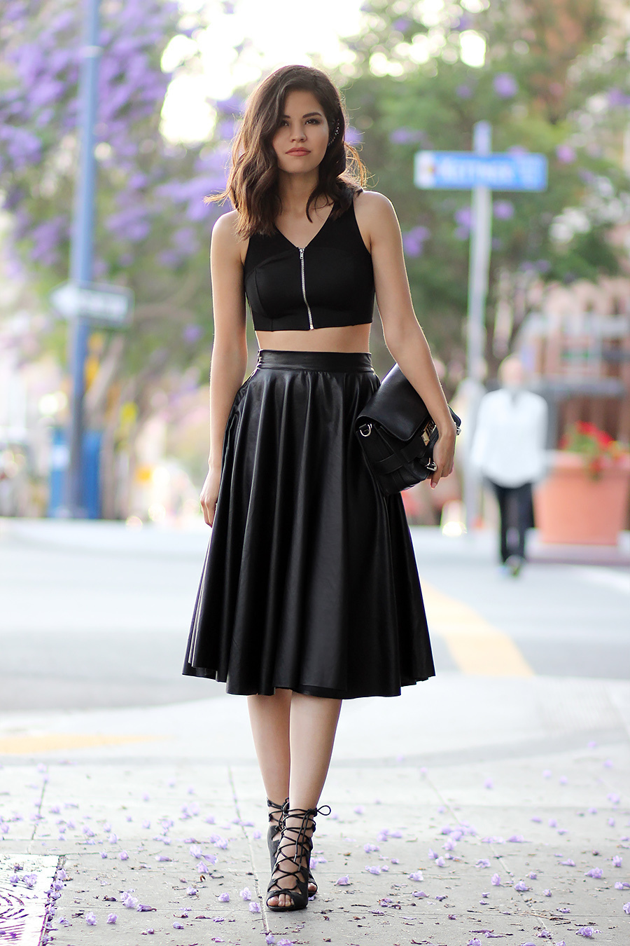 How to Wear a Black Pleated Leather Midi Skirt (11 looks ...