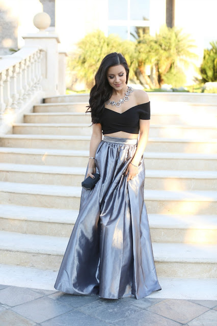 3e877bde86 How to wear: black cropped top, silver pleated maxi skirt, black clutch,