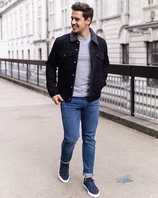 Navy Sneakers with Blue Jeans Outfits