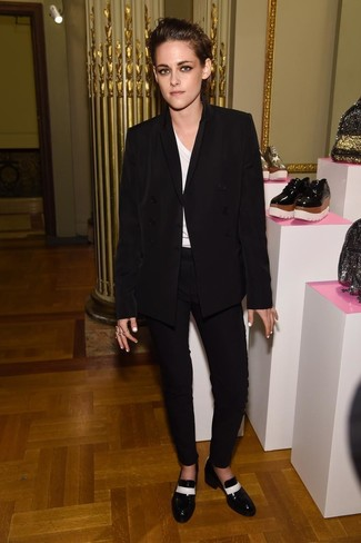 Kristen Stewart wearing Black Double Breasted Blazer, White V-neck T-shirt, Black Skinny Pants, Black and White Leather Loafers