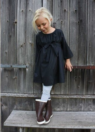 How to wear: black dress, brown rain boots, grey tights