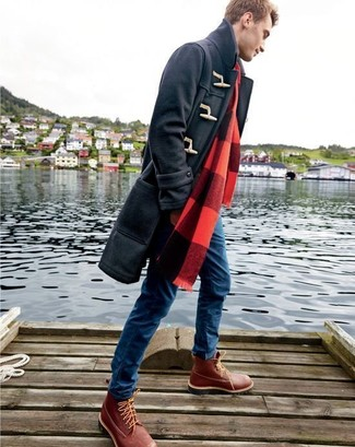 How to Wear a Black Duffle Coat For Men: A black duffle coat and blue skinny jeans are an easy way to introduce subtle dapperness into your day-to-day routine. You know how to dial it down: burgundy leather work boots.