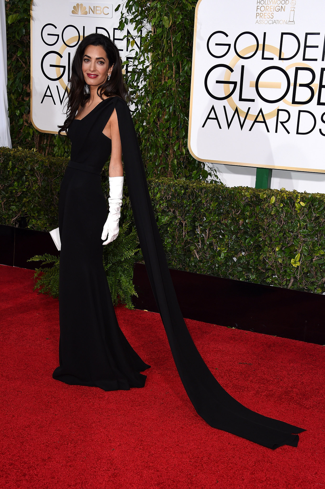 Black gloves for gown - Amal Clooney Wearing Black Evening Dress White Leather Clutch White Long Gloves Women S Fashion