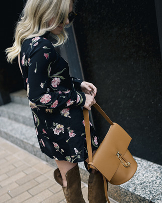 How to Wear a Tan Leather Bucket Bag (37 looks   outfits)  8ab0196c07708