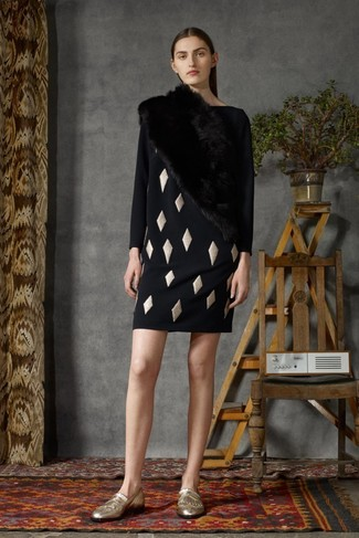 Nail glam in a black geometric shift dress and a Burberry women's Fur Stole. Complement your ensemble with gold fringe leather loafers. We love how this ensemble brings you into fall mode in next to no time.