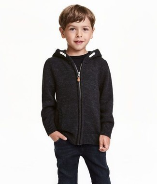 How to Wear Black Jeans For Boys: Suggest that your little guy team a black hoodie with black jeans for a fun day out at the playground.