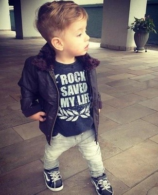 How to wear: black jacket, black t-shirt, grey jeans, black sneakers