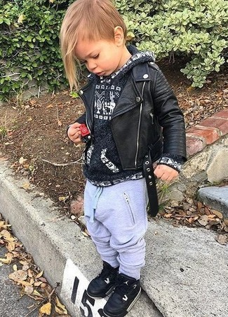 A black leather jacket and grey sweatpants are a perfect combination to be utilised at the playground. Black sneakers are a savvy choice to complement this getup.