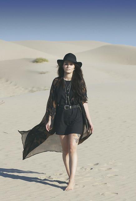 Women S Black Print Kimono Black Casual Dress Black Leather Waist