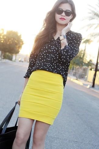 How to wear: black long sleeve t-shirt, yellow pencil skirt, black tote bag