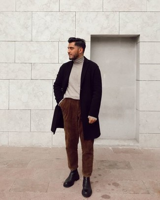 How to Wear a Beige Turtleneck For Men: A beige turtleneck and brown corduroy chinos are the kind of a fail-safe off-duty getup that you need when you have no extra time to plan out an ensemble. Balance out your outfit with a classier kind of footwear, like these black leather chelsea boots.